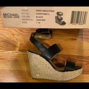 MICHAEL KORS  Black espadrille sandals Size 7 EUC